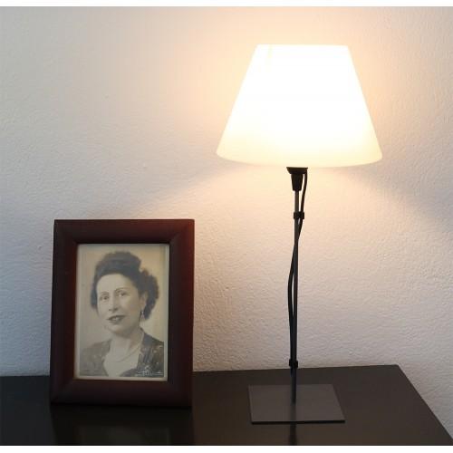 LAMPE FILS GRIS